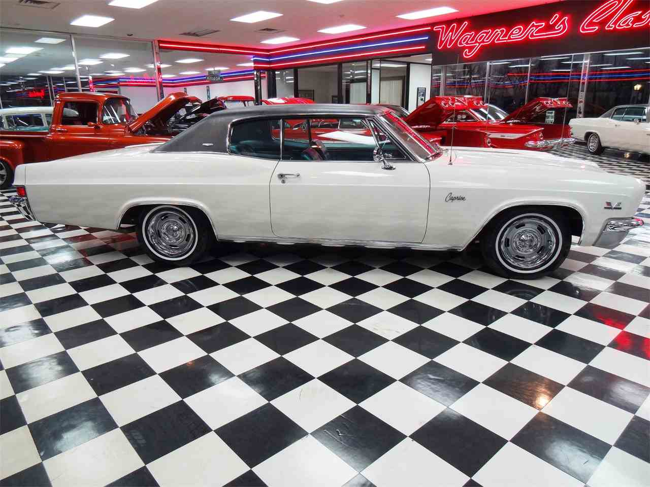 Large Picture of '66 Caprice - $29,900.00 Offered by Wagners Classic Cars - MCBU