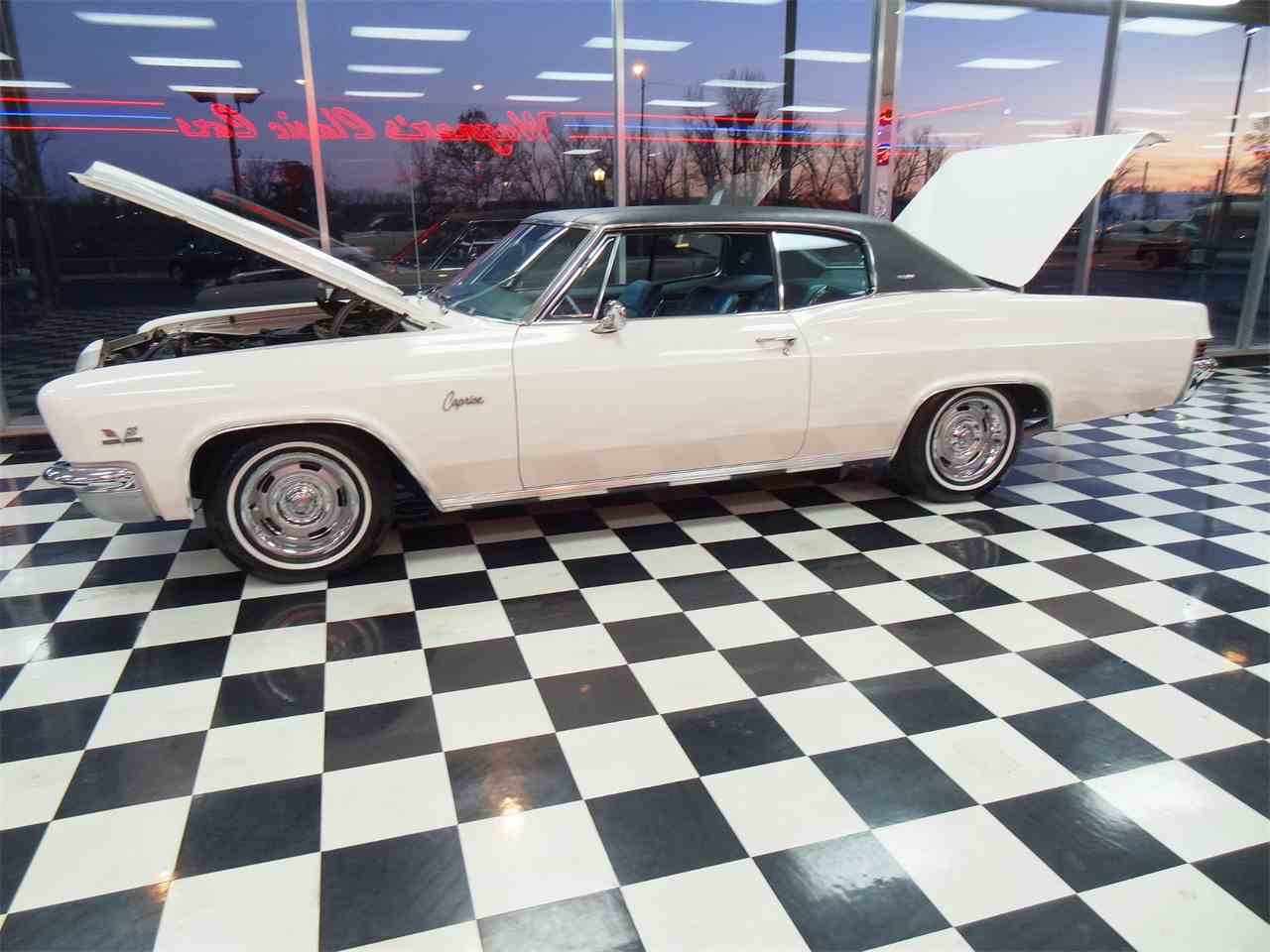 Large Picture of Classic 1966 Chevrolet Caprice located in Kansas Offered by Wagners Classic Cars - MCBU