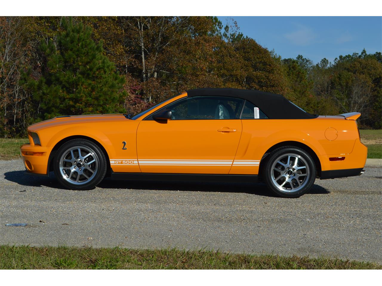 Large Picture of '07 Ford Mustang Offered by Leaded Gas Classics - MCE4