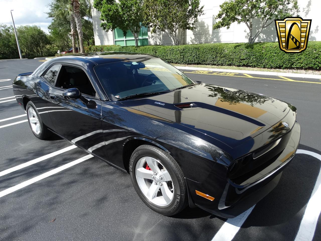 Large Picture of '09 Challenger Offered by Gateway Classic Cars - Fort Lauderdale - MCFB