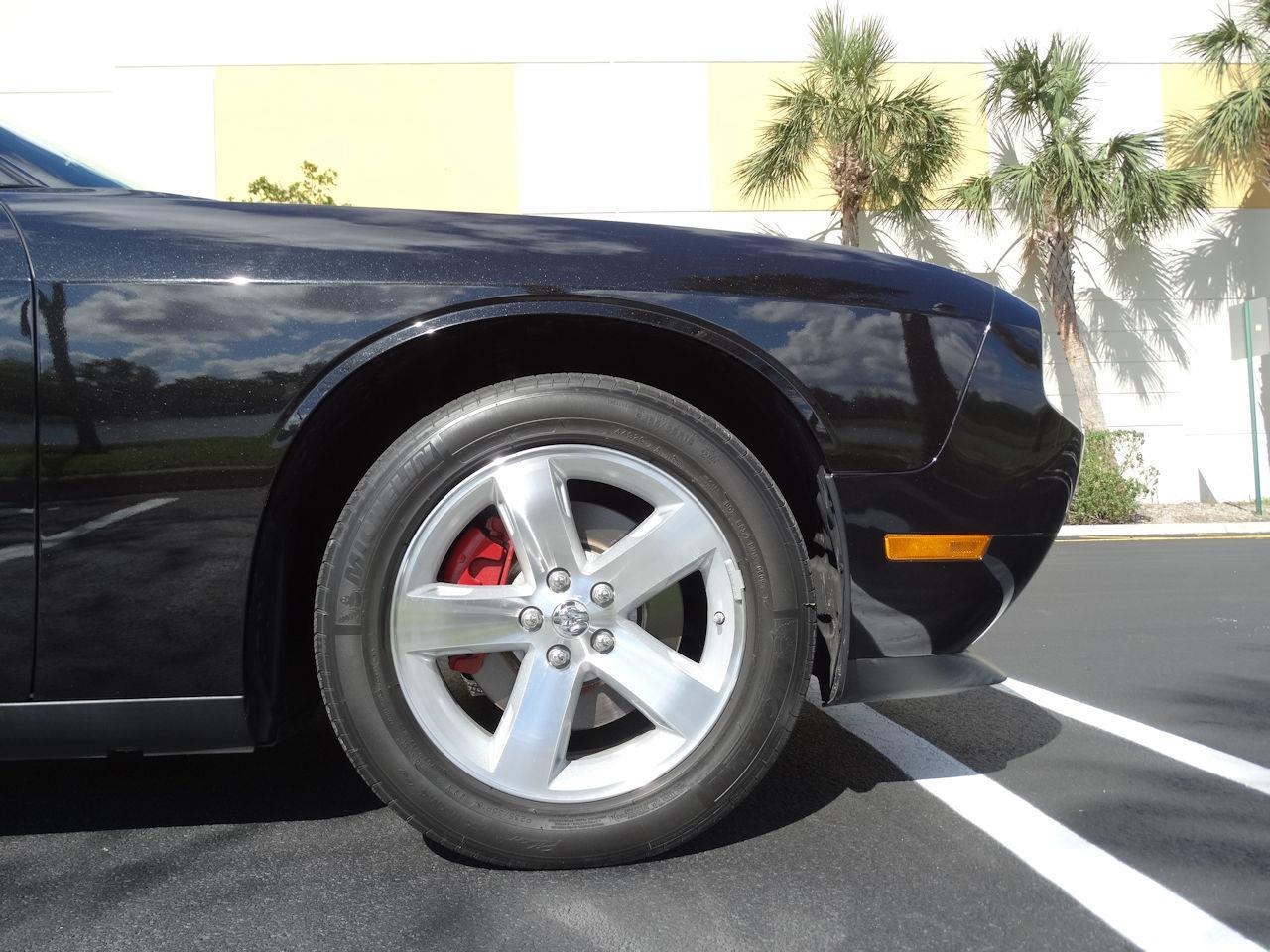 Large Picture of 2009 Dodge Challenger located in Florida - MCFB