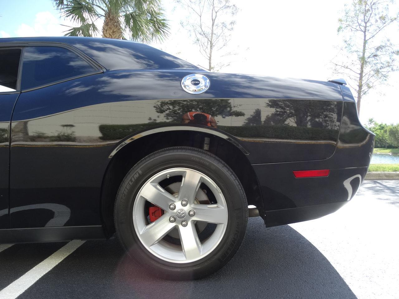 Large Picture of 2009 Dodge Challenger located in Coral Springs Florida - $19,995.00 - MCFB