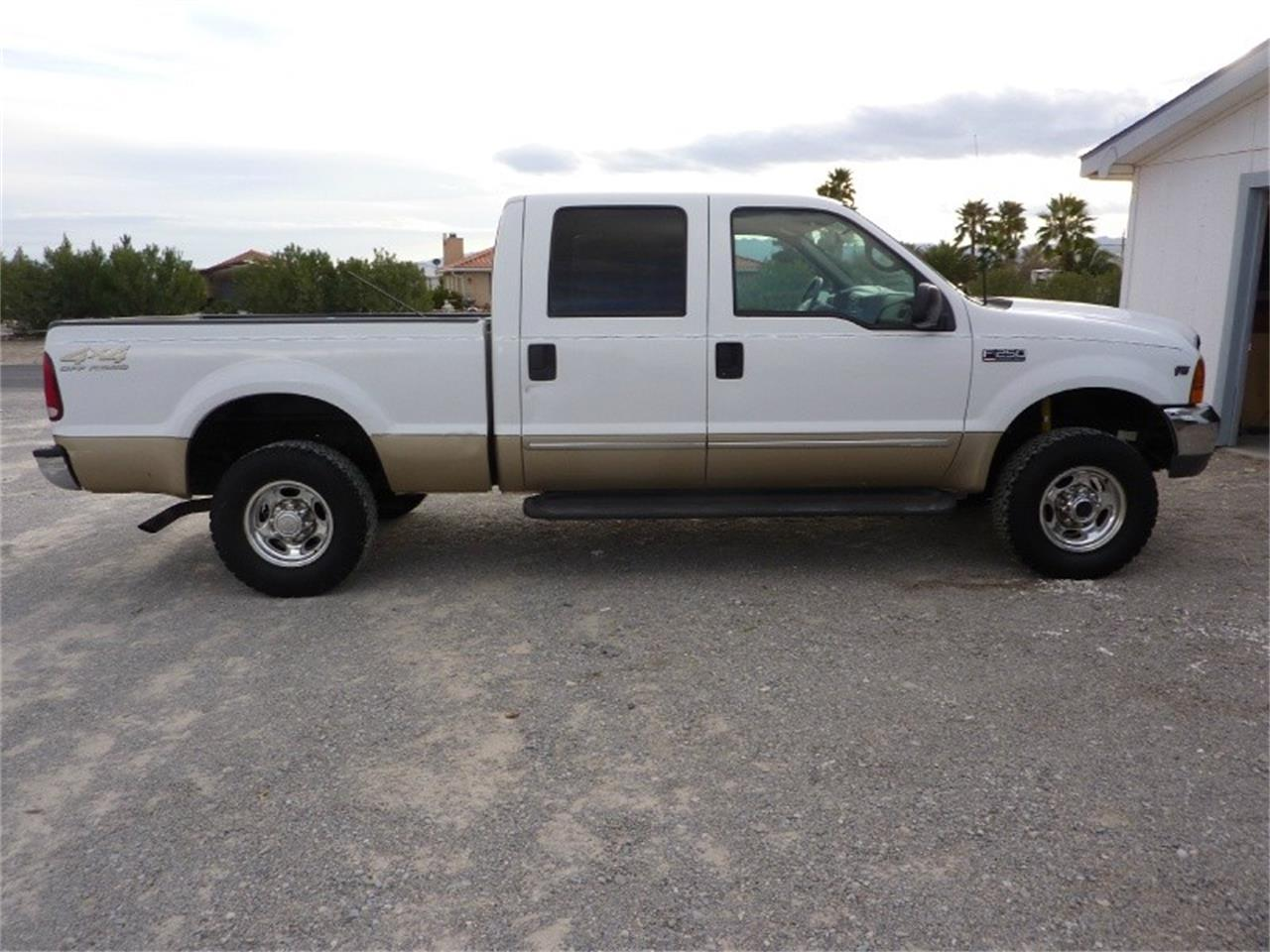 Large Picture of '00 Ford F250 located in California - $7,999.00 - MCHA