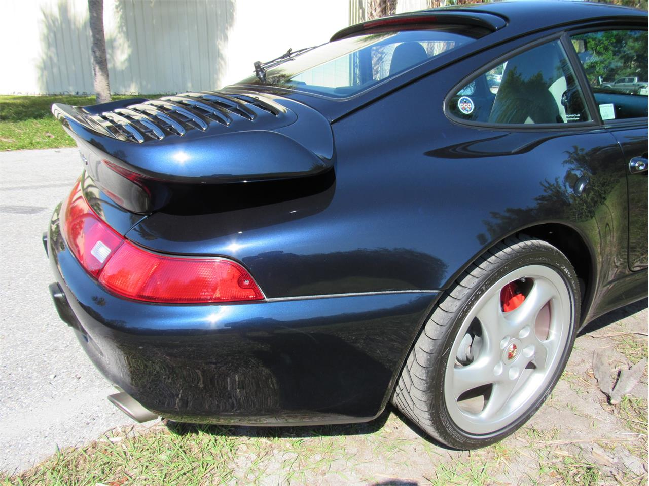 Large Picture of '96 Porsche 993/911 Carrera Turbo - MCL2