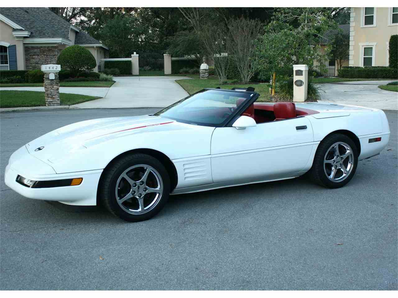Large Picture of '92 Corvette - MCL6