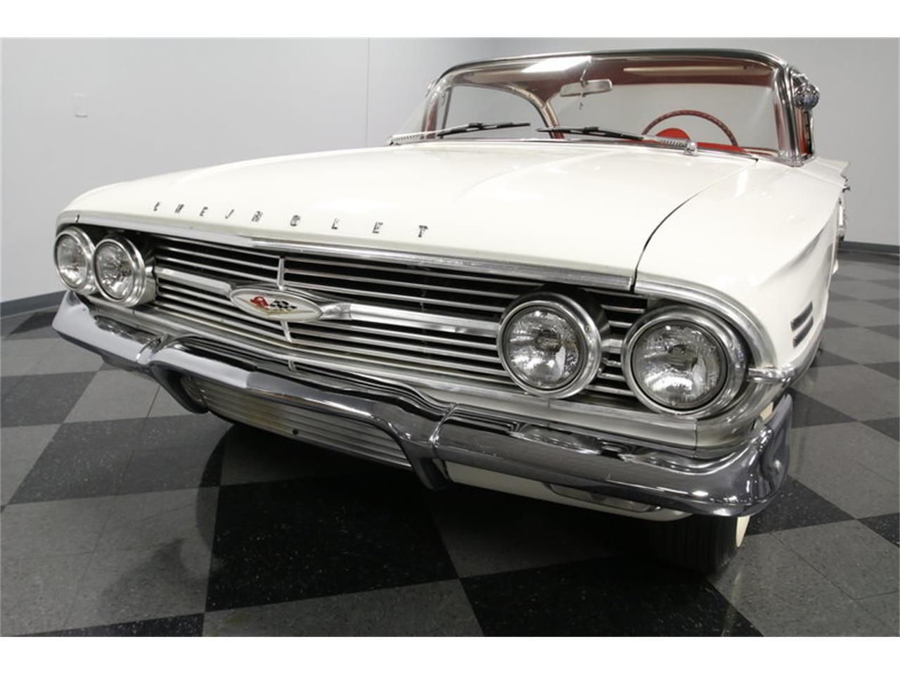 Large Picture of '60 Chevrolet Impala Offered by Streetside Classics - Charlotte - MAOZ