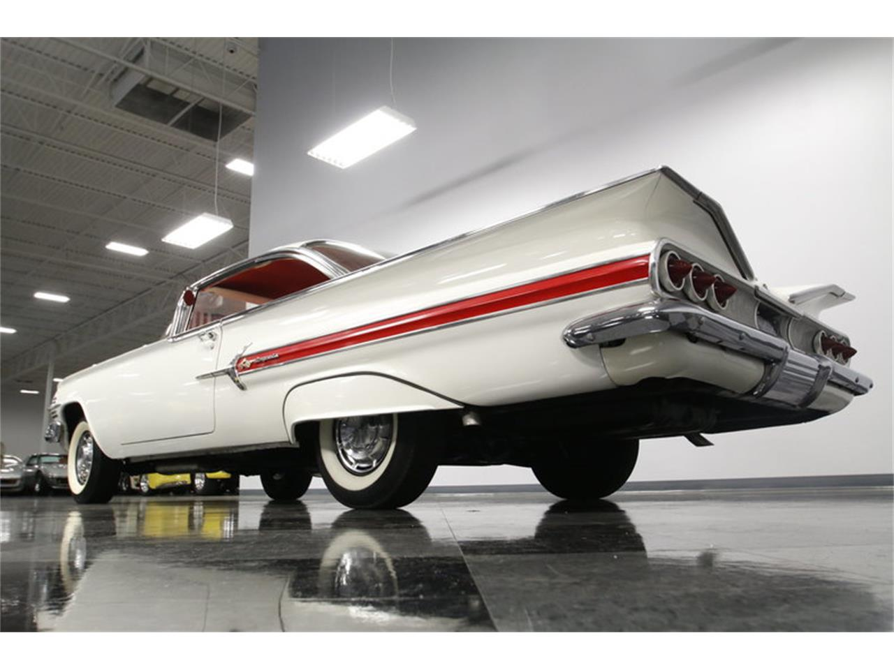 Large Picture of 1960 Chevrolet Impala located in Concord North Carolina Offered by Streetside Classics - Charlotte - MAOZ