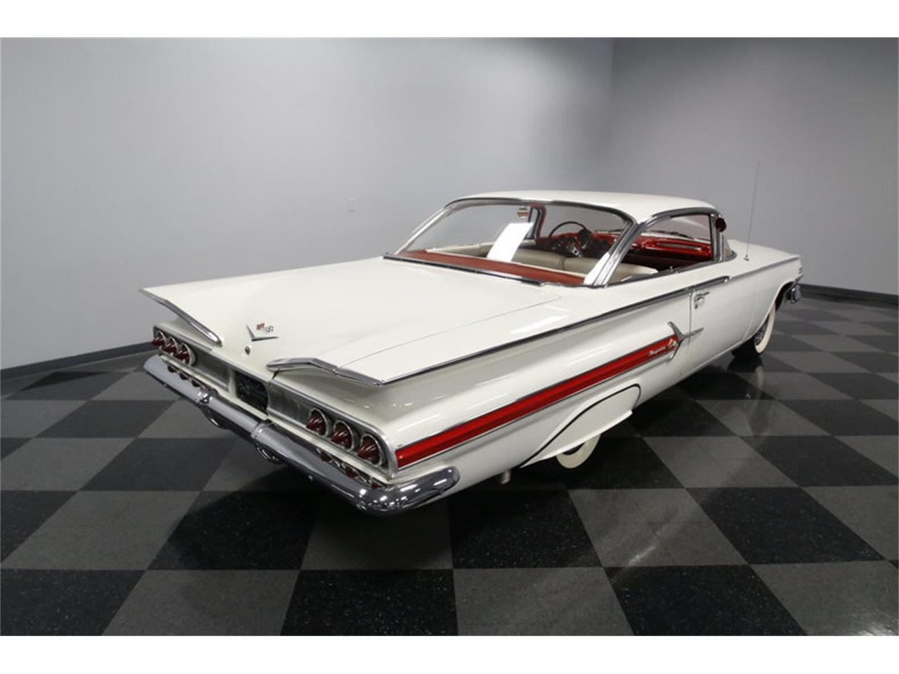 Large Picture of '60 Chevrolet Impala located in North Carolina - MAOZ