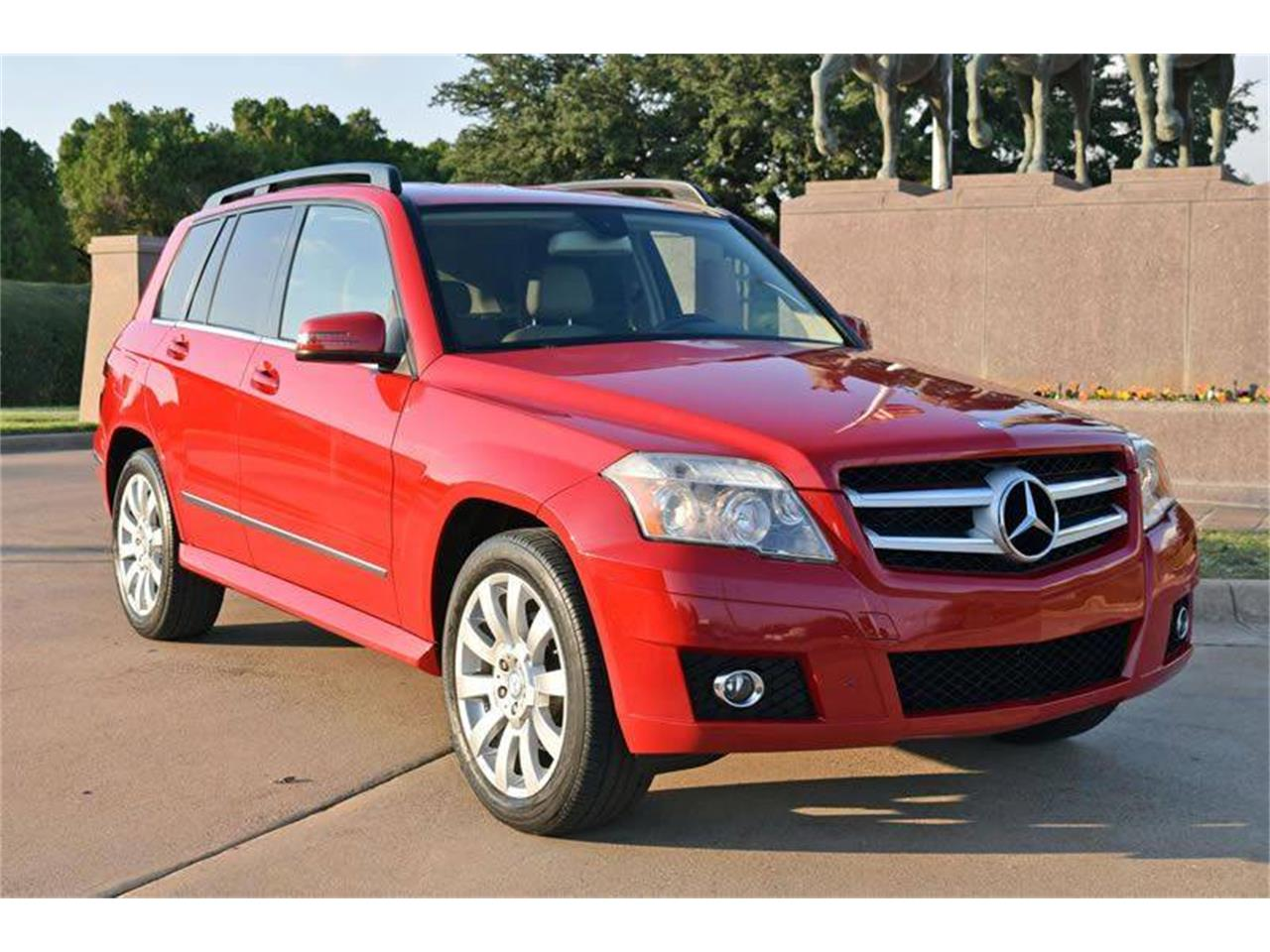 Large Picture of '10 GLK350 - MCPX