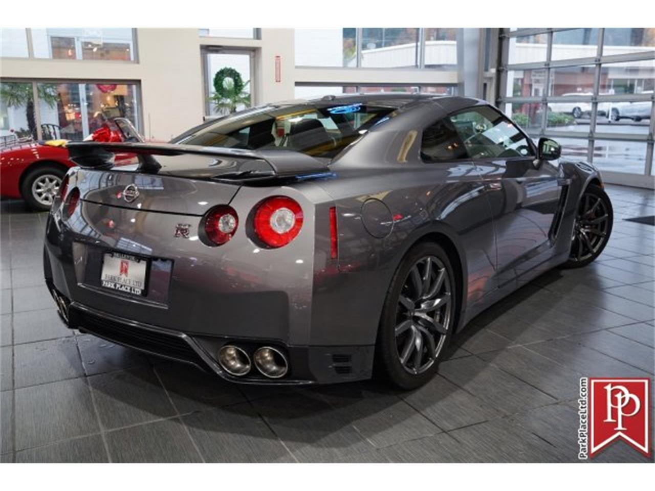 Large Picture of 2014 GT-R located in Bellevue Washington - MCTA