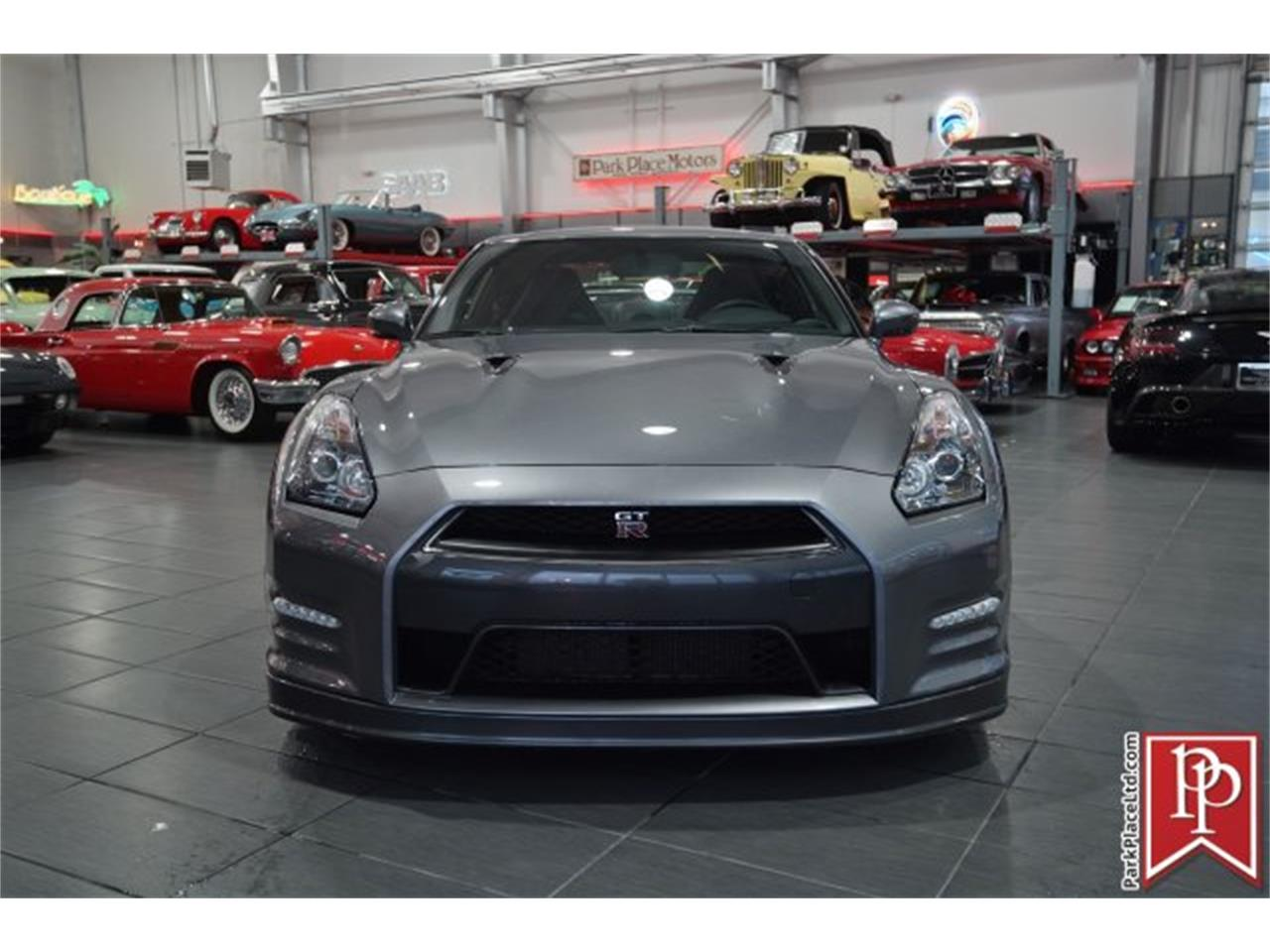 Large Picture of '14 GT-R located in Washington Offered by Park Place Ltd - MCTA