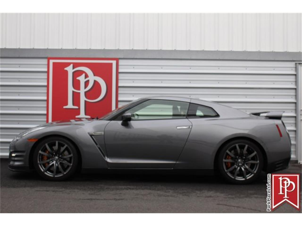 Large Picture of 2014 Nissan GT-R located in Bellevue Washington - $69,950.00 - MCTA
