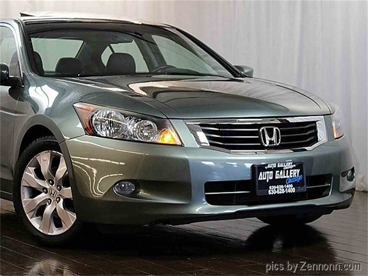 Large Picture of '08 Accord - $6,990.00 Offered by Auto Gallery Chicago - MCTJ