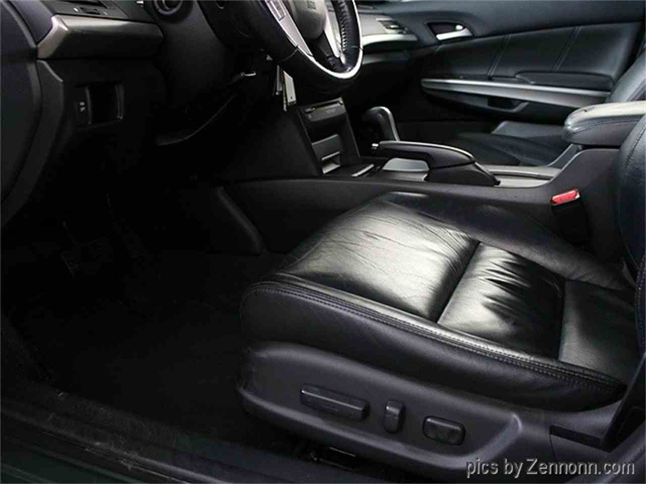Large Picture of 2008 Honda Accord located in Illinois - $6,990.00 Offered by Auto Gallery Chicago - MCTJ