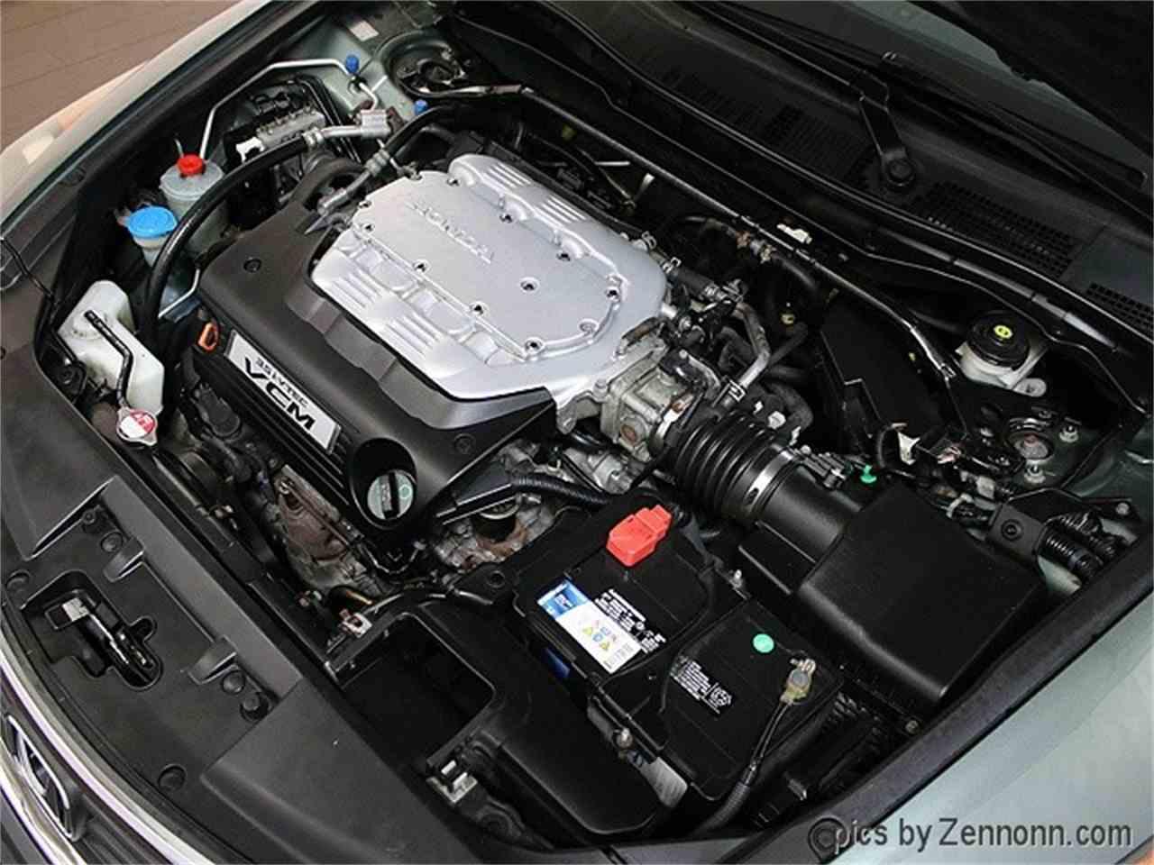 Large Picture of '08 Honda Accord located in Addison Illinois - MCTJ