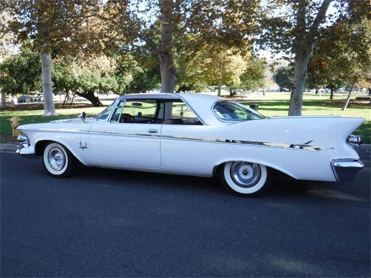 Large Picture of Classic 1961 Imperial - $59,995.00 Offered by Allen Motors, Inc. - MCTX