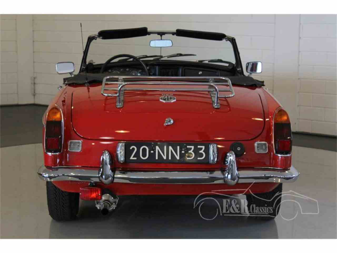 Large Picture of '75 MGB located in Waalwijk Noord Brabant Offered by E & R Classics - MCUI