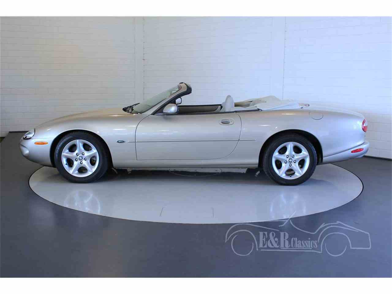 Large Picture of 2000 XK8 - $27,100.00 Offered by E & R Classics - MCUP