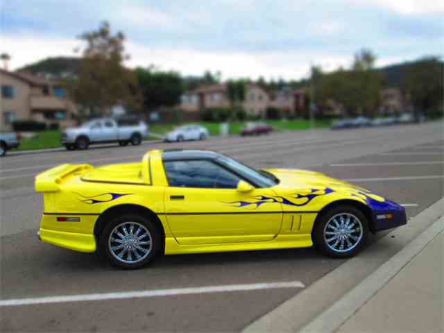 Picture of 1989 Chevrolet Corvette located in CALIFORNIA - MCXY