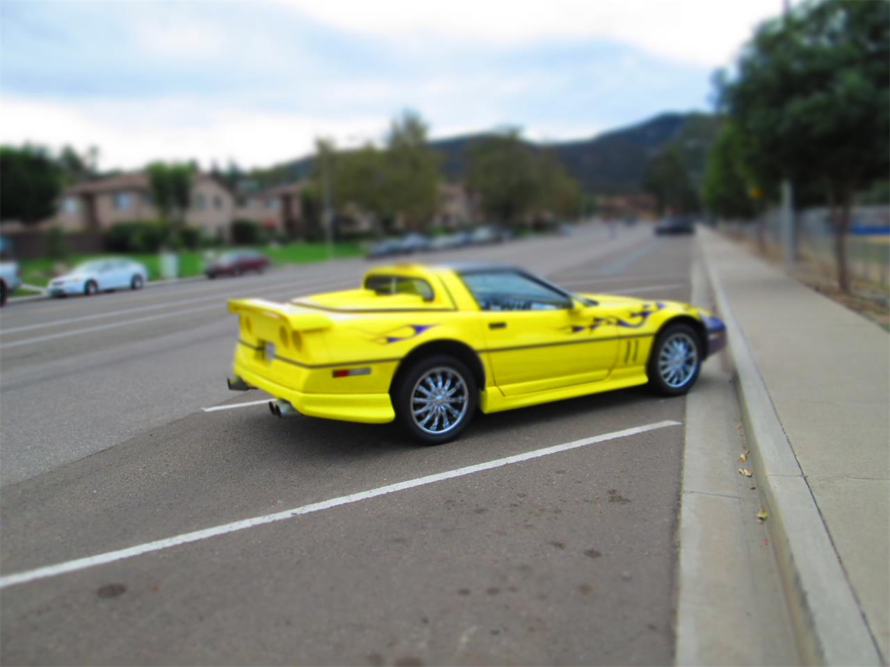 Large Picture of '89 Corvette - MCXY