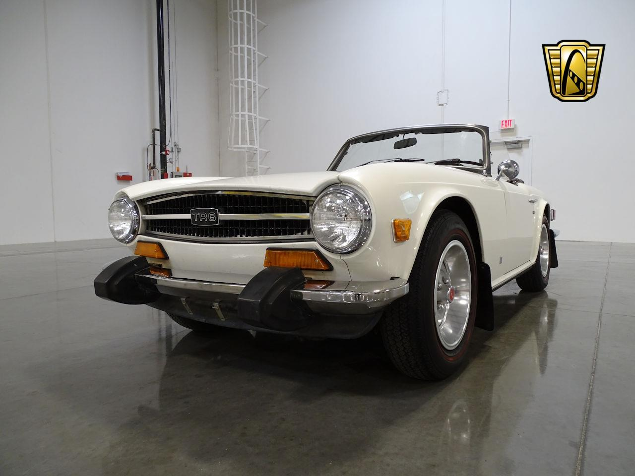 Large Picture of '74 TR6 located in Arizona - MCYM