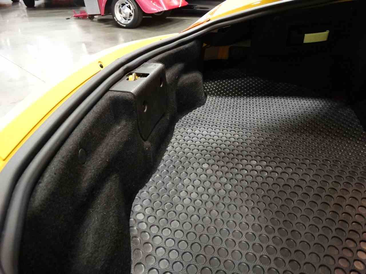 Large Picture of '02 Porsche Boxster located in La Vergne Tennessee Offered by Gateway Classic Cars - Nashville - MCYS