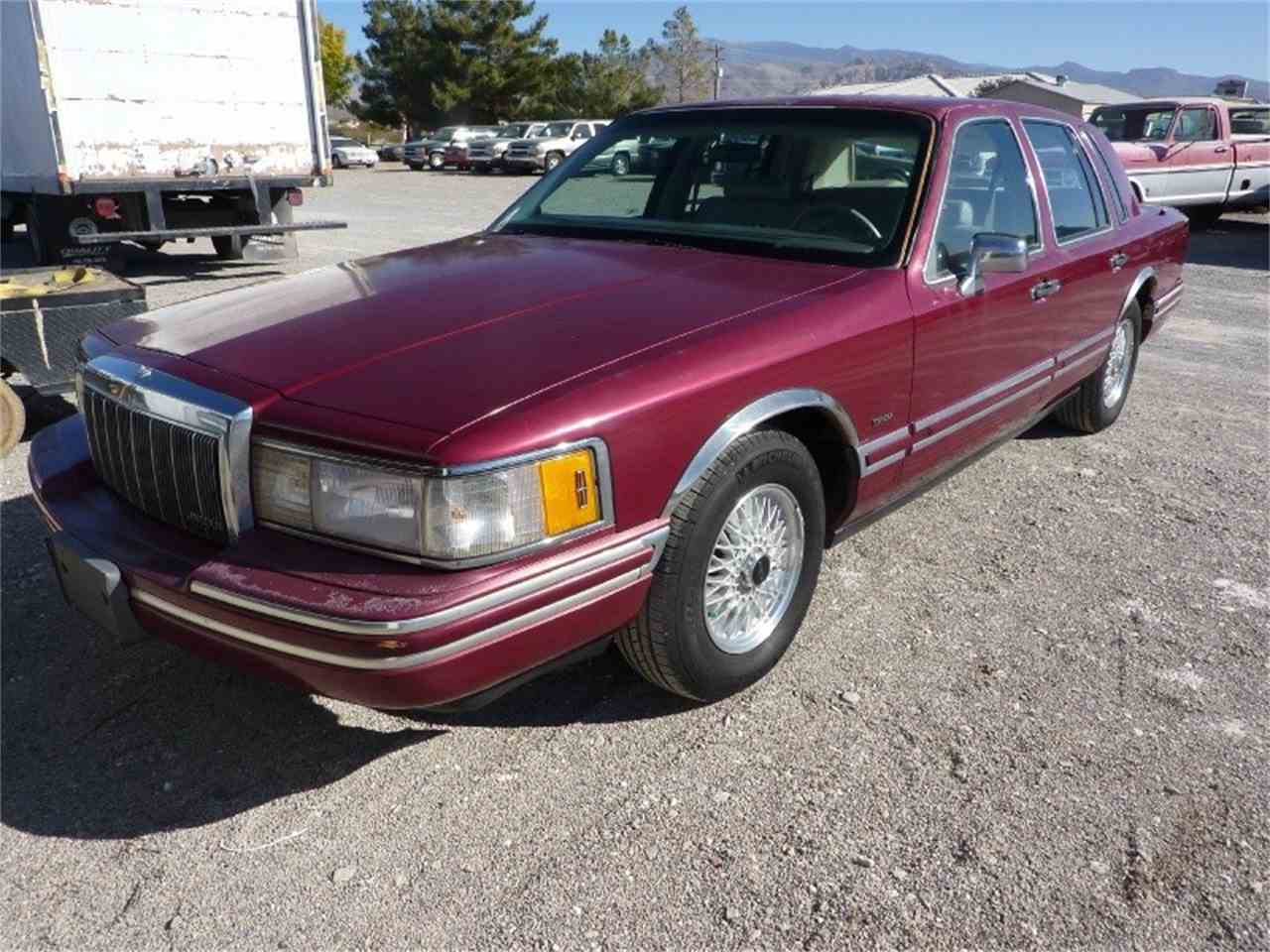 Large Picture of '91 Lincoln Town Car - $1,999.00 Offered by WDC Global Exports - MD0S