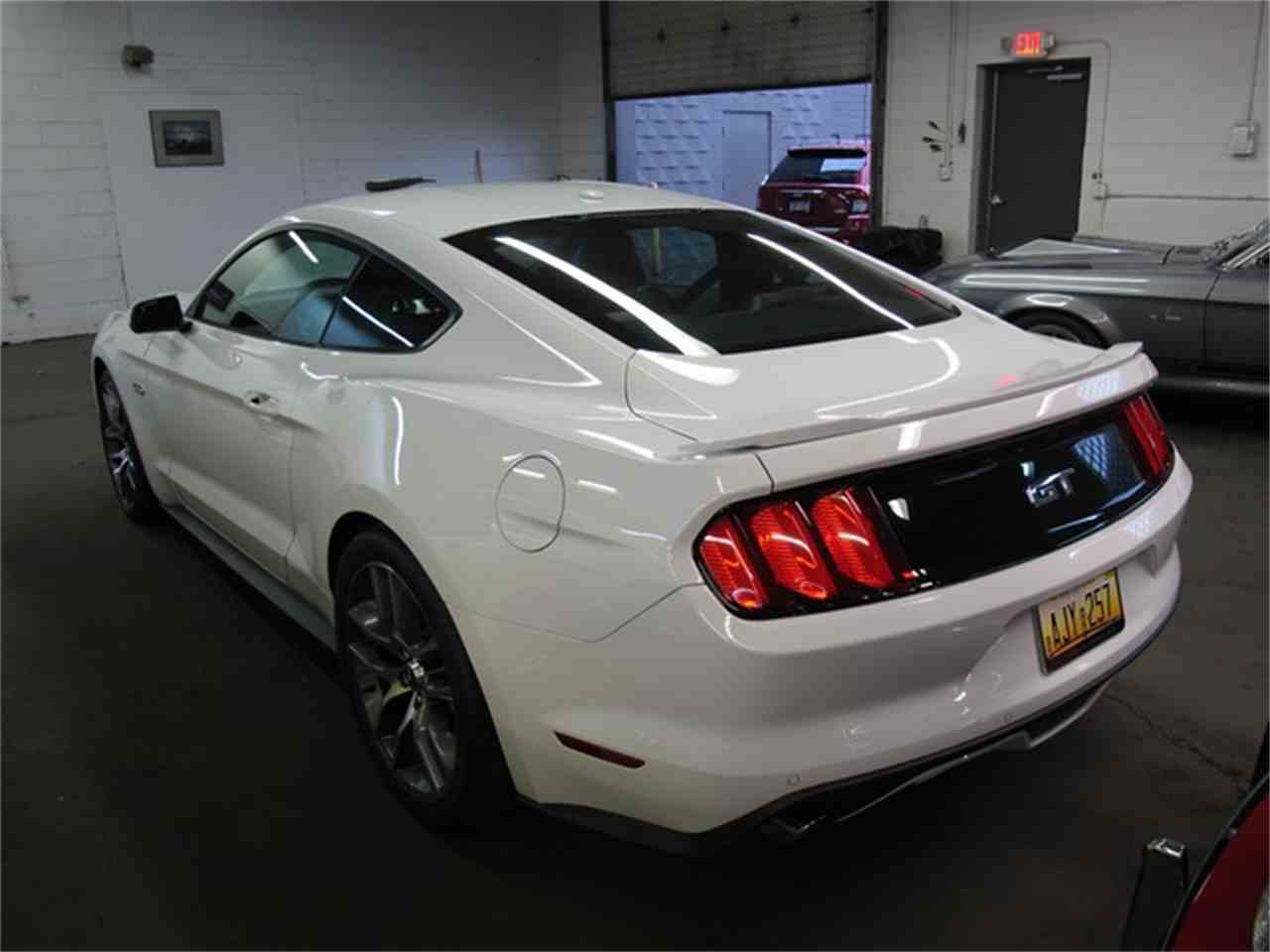 Large Picture of '15 Mustang - MD1O