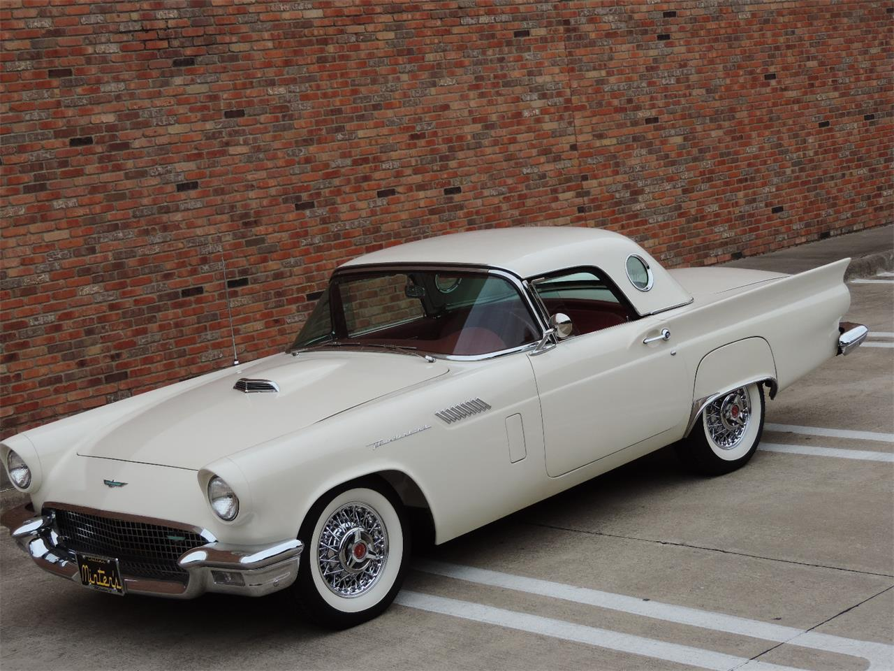 Large Picture of Classic 1957 Ford Thunderbird - MD3N