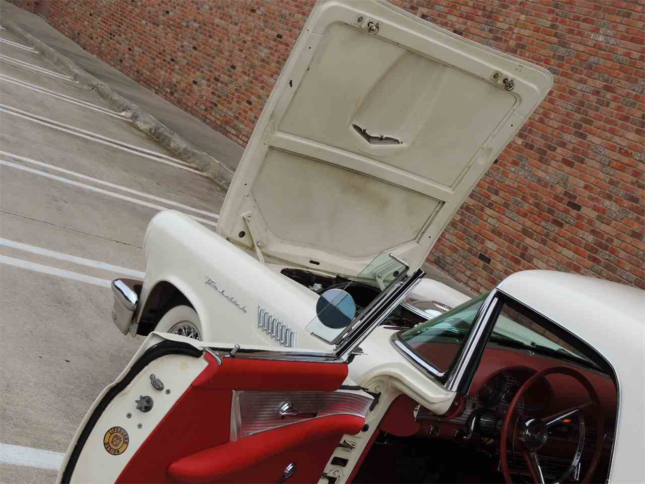 Large Picture of 1957 Thunderbird located in Dallas Texas - MD3N