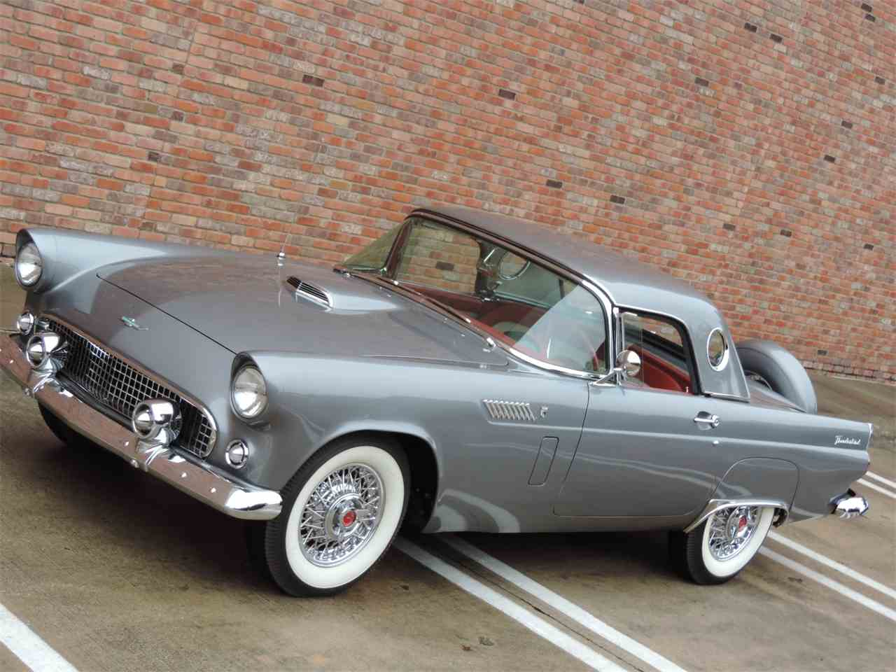 Large Picture of '56 Thunderbird - MD40