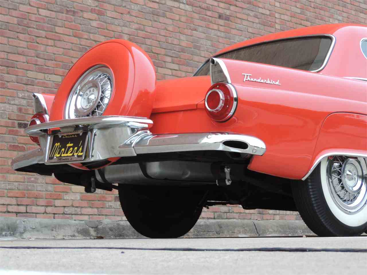 Large Picture of '56 Thunderbird - MD48