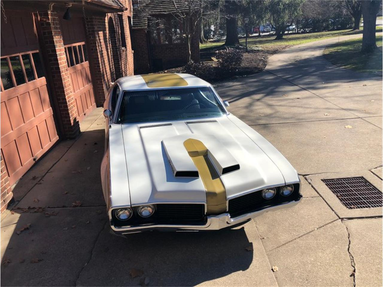 Large Picture of Classic '69 Cutlass located in Columbiana Ohio Offered by 1 Performance Center Racing - MD4Q