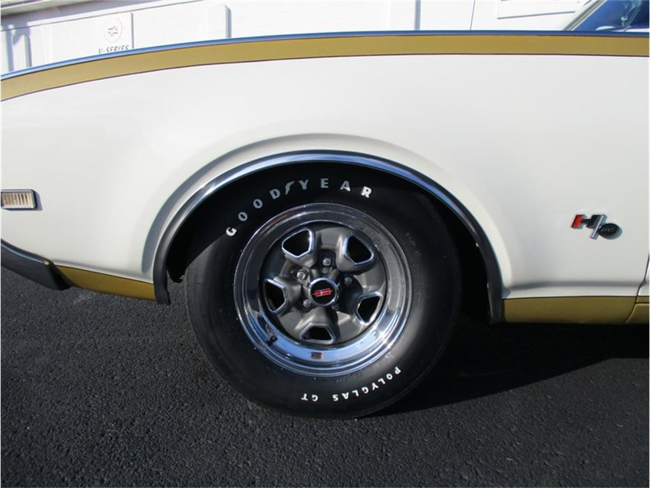 Large Picture of Classic 1969 Oldsmobile Cutlass - MD4Q
