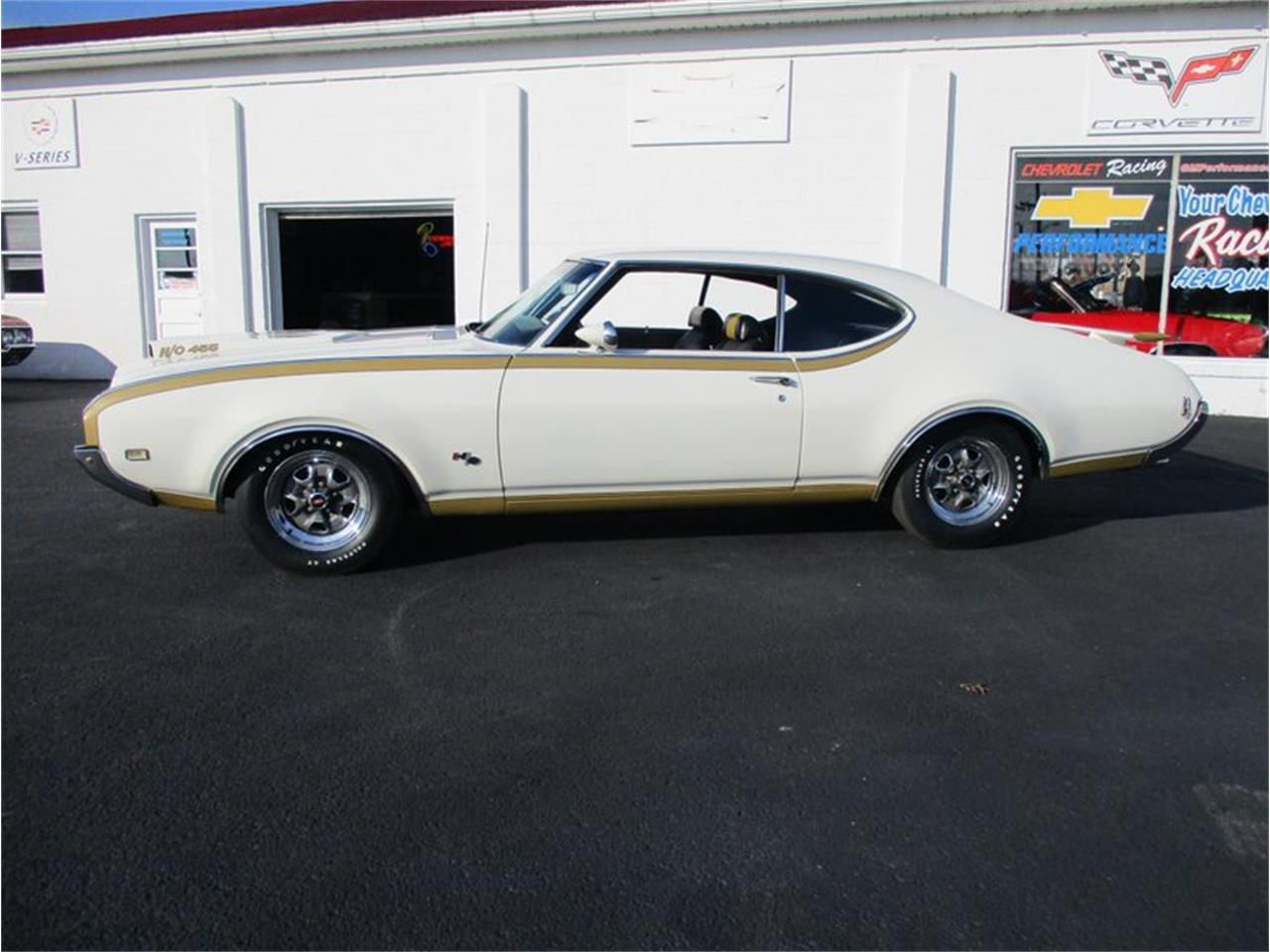 Large Picture of Classic '69 Oldsmobile Cutlass located in Columbiana Ohio - $75,000.00 - MD4Q