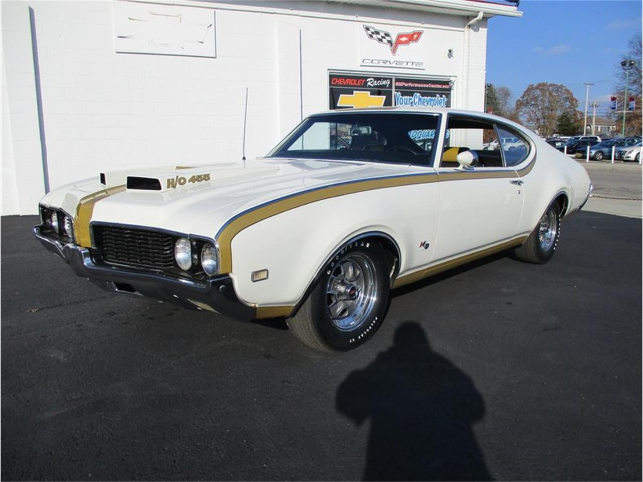 Large Picture of Classic 1969 Oldsmobile Cutlass located in Columbiana Ohio - $75,000.00 Offered by 1 Performance Center Racing - MD4Q