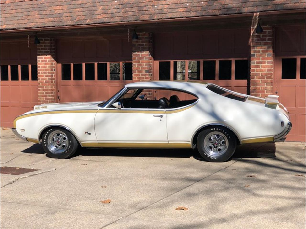Large Picture of Classic '69 Cutlass - $75,000.00 Offered by 1 Performance Center Racing - MD4Q
