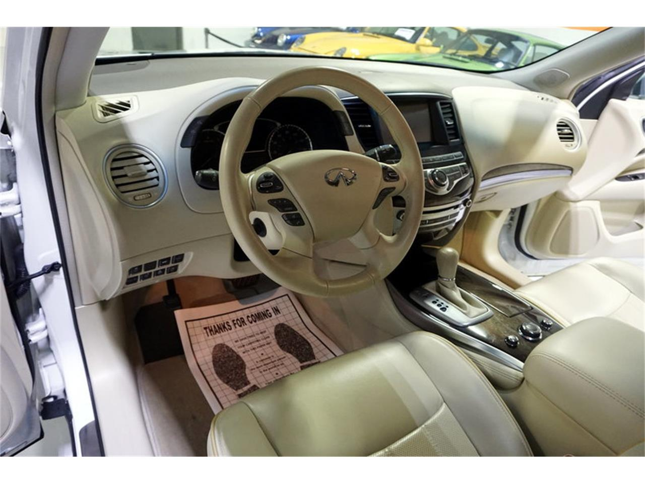 Large Picture of '14 Infiniti QX60 located in Solon Ohio - MD5Q