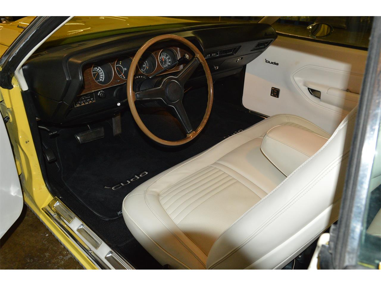 Large Picture of Classic 1970 Plymouth Cuda located in Bristol Pennsylvania - MD67