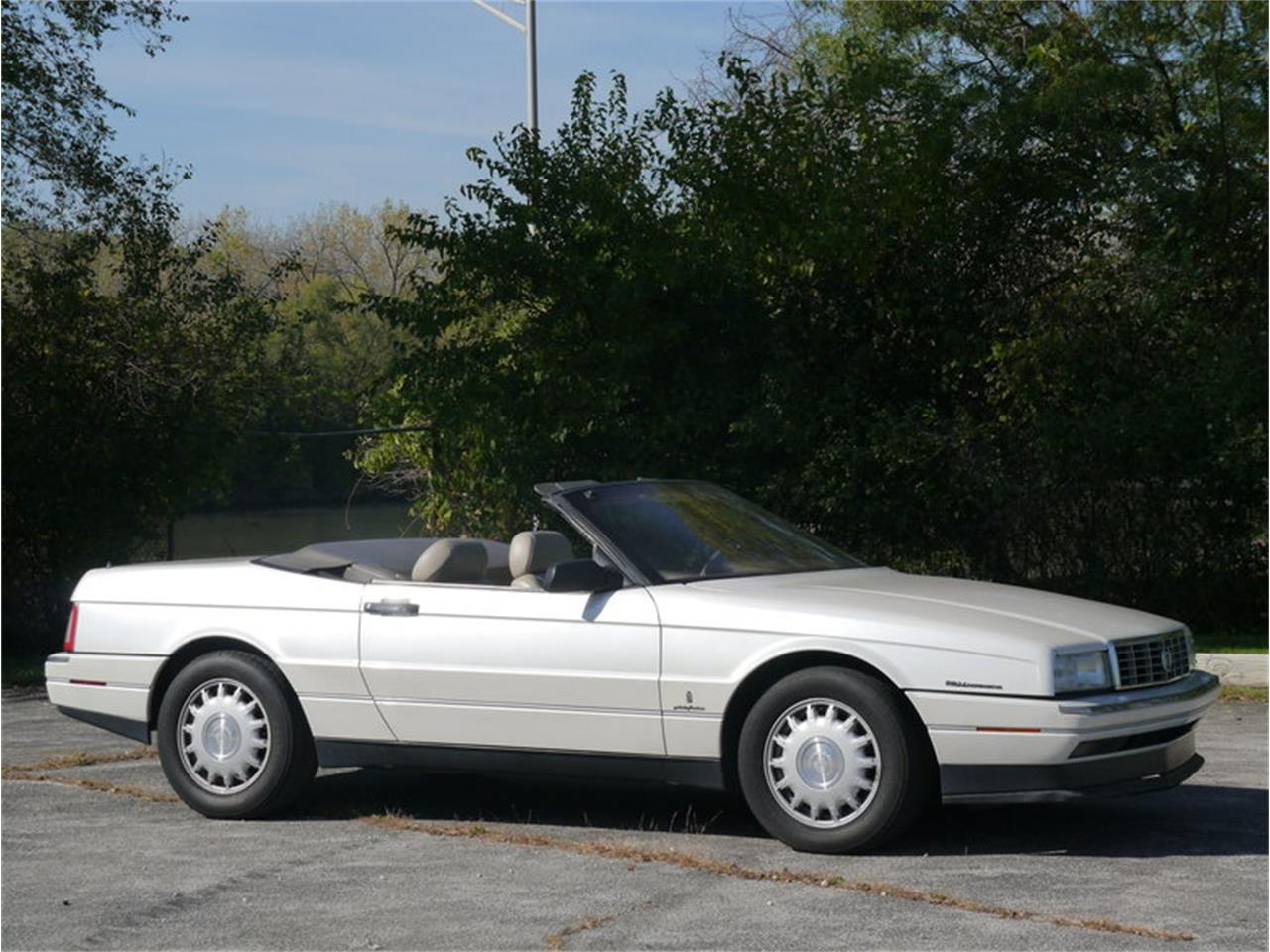 Large Picture of 1993 Allante Offered by Midwest Car Exchange - MD78