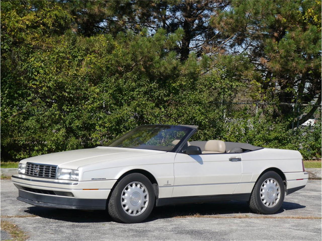 Large Picture of 1993 Cadillac Allante Offered by Midwest Car Exchange - MD78