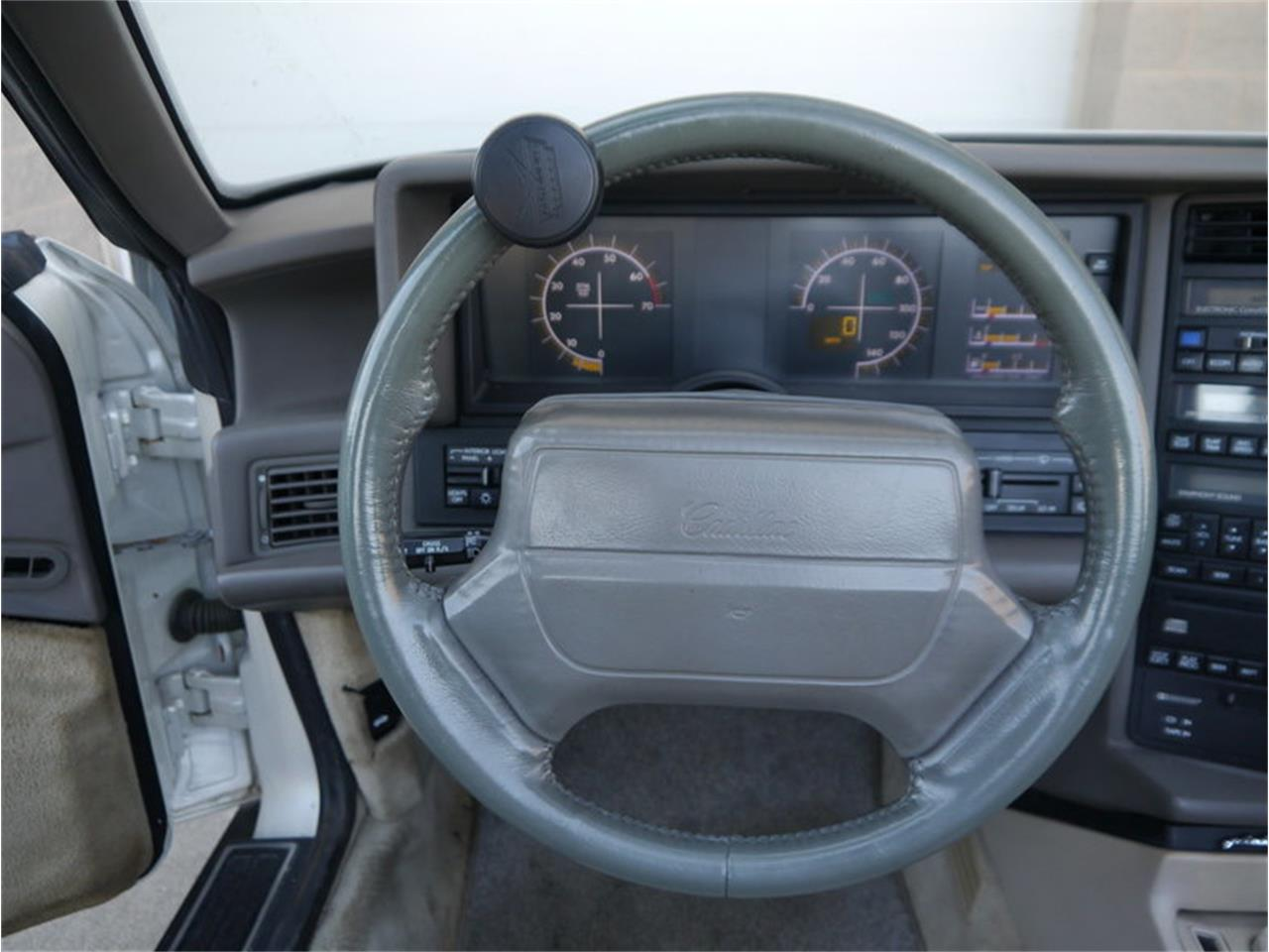 Large Picture of 1993 Allante - $14,900.00 Offered by Midwest Car Exchange - MD78