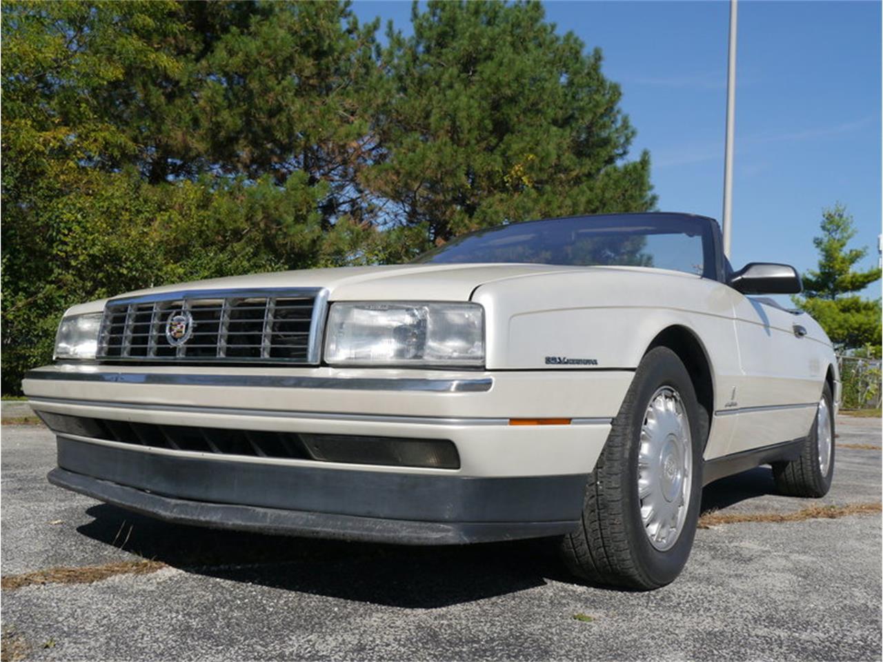 Large Picture of '93 Allante located in Illinois - $14,900.00 - MD78