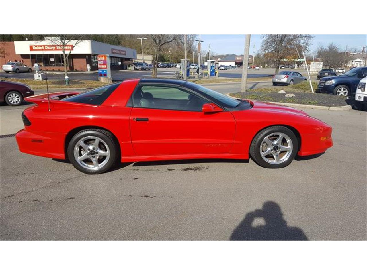 Large Picture of 1997 Pontiac Firebird located in Ohio - MD9T