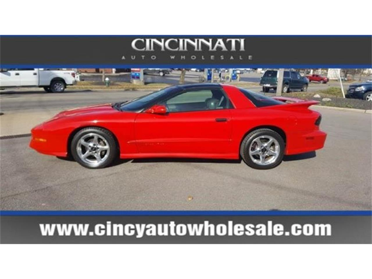 Large Picture of 1997 Pontiac Firebird - $12,900.00 Offered by Cincinnati Auto Wholesale - MD9T