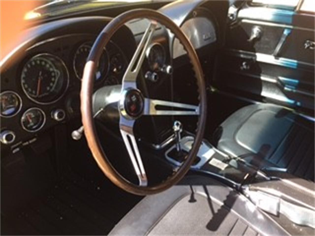 Large Picture of '67 Corvette - MDFA