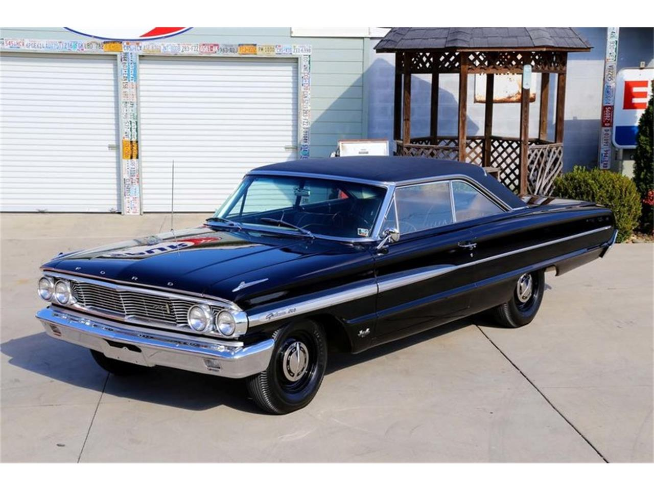 Large Picture of '64 Galaxie 500 - MDH4