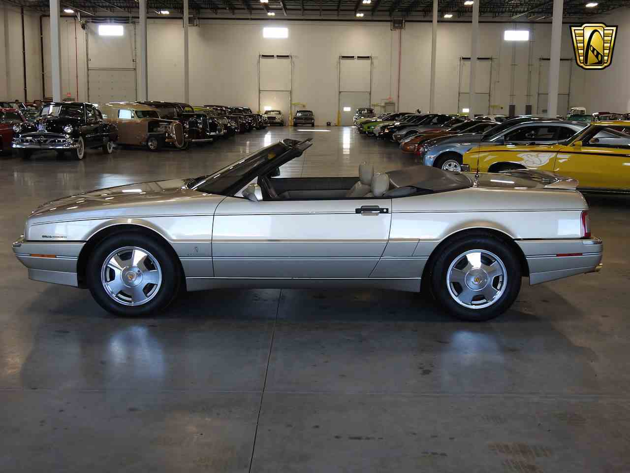 Large Picture of 1993 Cadillac Allante Offered by Gateway Classic Cars - Milwaukee - MDHG