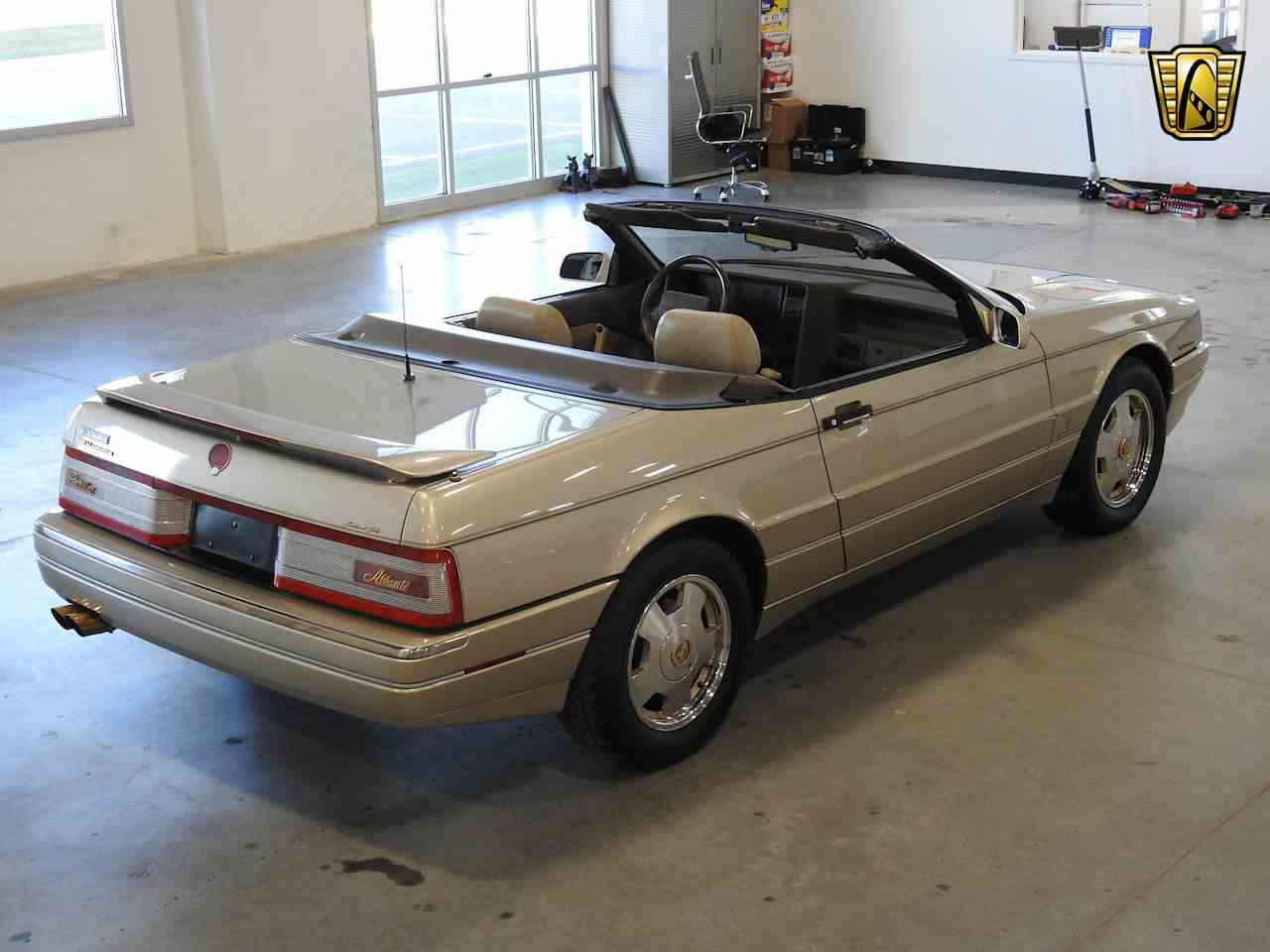 Large Picture of 1993 Cadillac Allante located in Kenosha Wisconsin - $8,995.00 Offered by Gateway Classic Cars - Milwaukee - MDHG