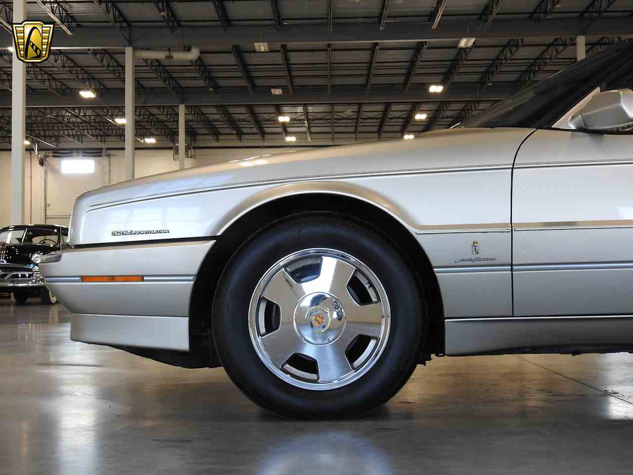 Large Picture of '93 Allante located in Wisconsin - $8,995.00 Offered by Gateway Classic Cars - Milwaukee - MDHG